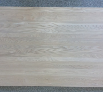 Мебельный щит ясень (цельноламельный)