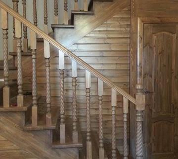 Лестница из бука, п. Вавиловец