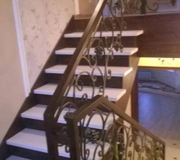 Лестница с подвала на 2-ой этаж