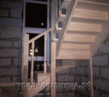 П-обр лестница в Екб (Горный щит)