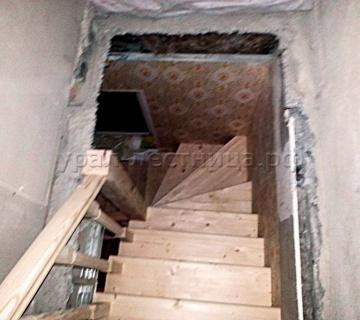 Лестница эконом класса в поселке Журавли