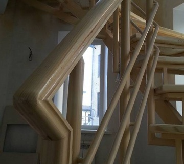 Лестница на металлическом каркасе, п. Лесной Остров